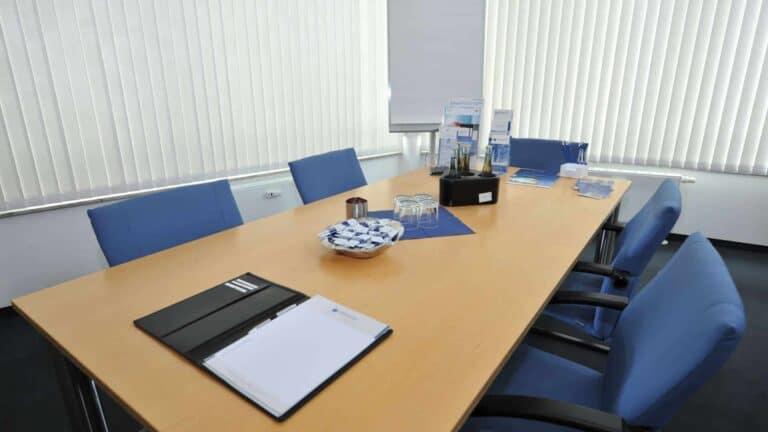 Kanzlei Besprechungsraum Göddecke Rechtsanwälte